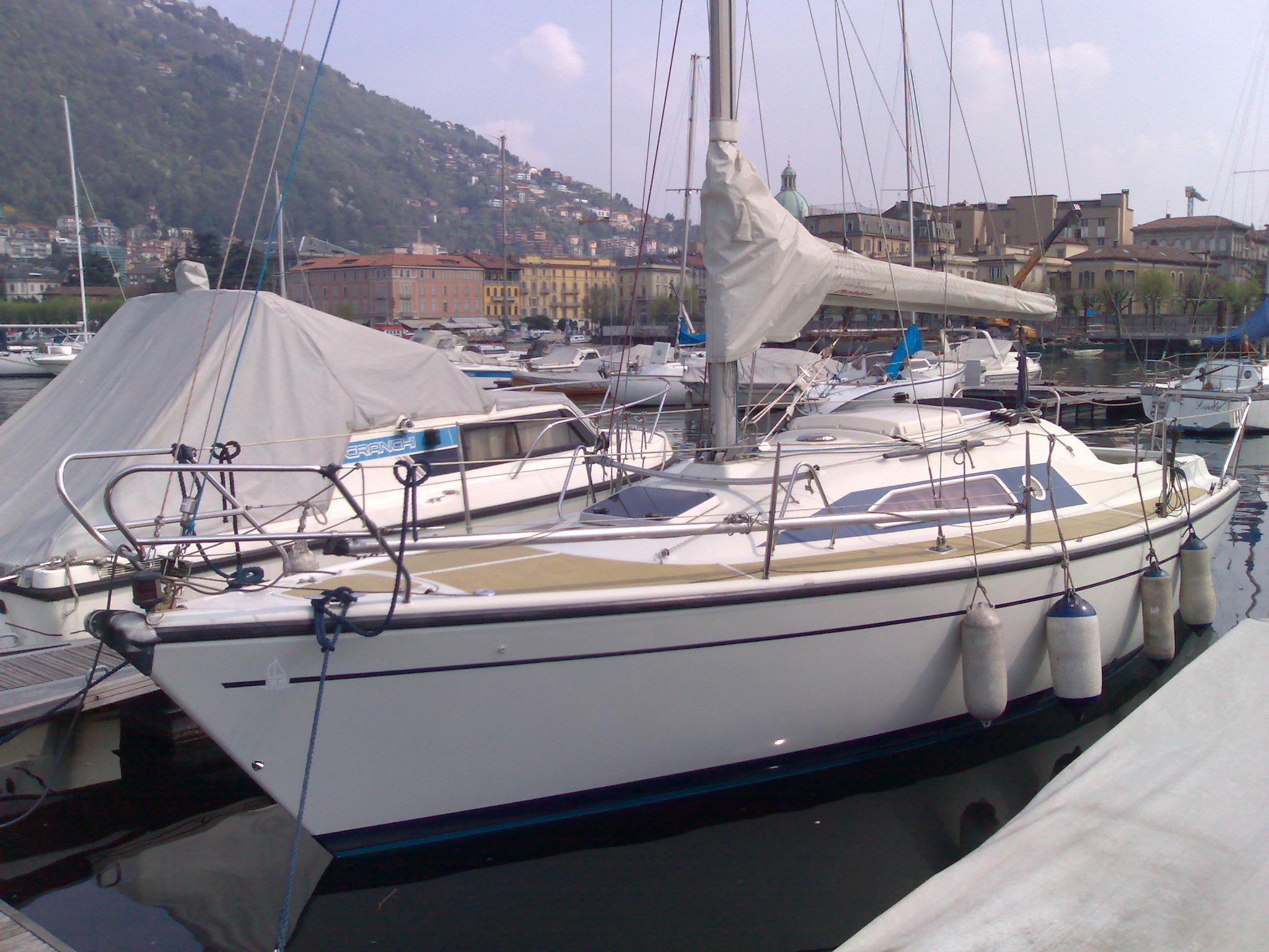 Barche a vela usate dehler 28 dehler 28 top como for Barche al largo con cabine