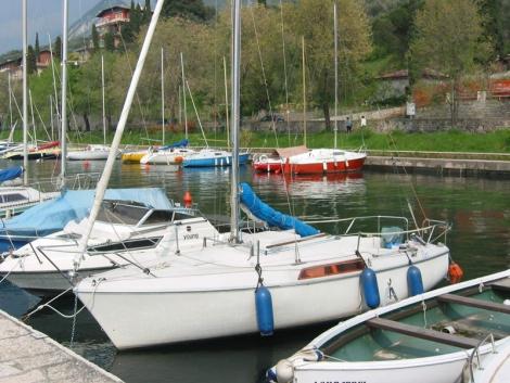 Barche a vela usate jeanneau s a constructions for Cabine vicino al lago di conroe