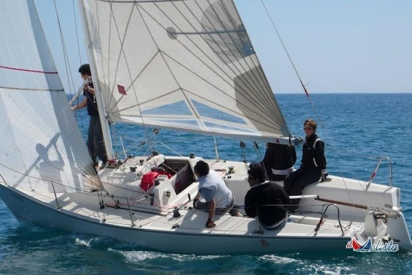 Barche a vela usate nuova nytec nytec 25 siracusa for Barche al largo con cabine