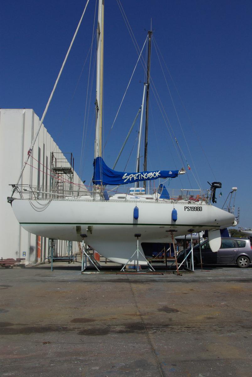 Barche a vela usate rinaldi e romiti ricci moana 33 for Barche al largo con cabine